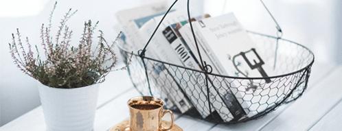 Vasen, Schüsseln und Behälter können dekorativ und nützlich sein