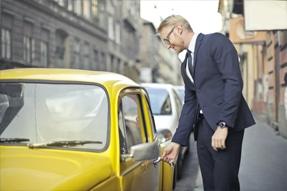 Spare beim Auto Abo mit einem Finn.auto Gutschein oder Rabattcodes anderer Anbieter