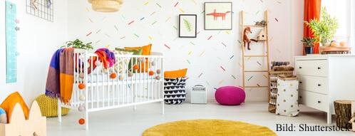 Babyzimmer ist hell gestaltet
